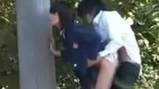 【エロ動画】放課後、外でsexするカップルを盗撮日本ポルノmov